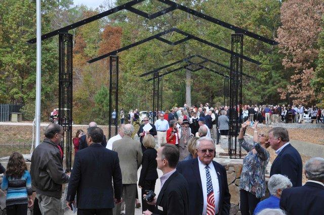Veterans Memorial Arbor 16