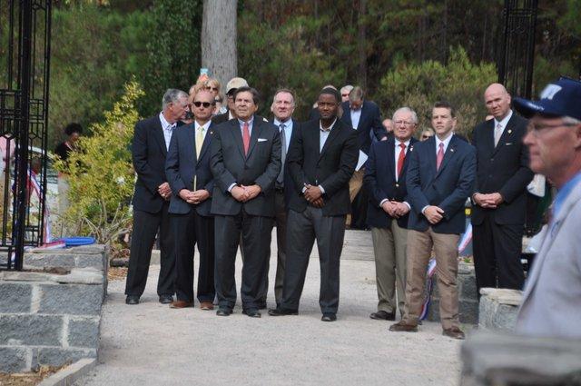 Veterans Memorial Arbor 13