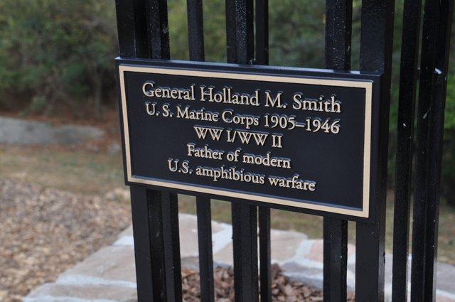 Veterans Memorial Arbor 15