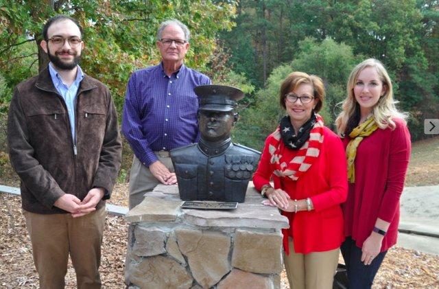 Veterans Memorial Arbor 20