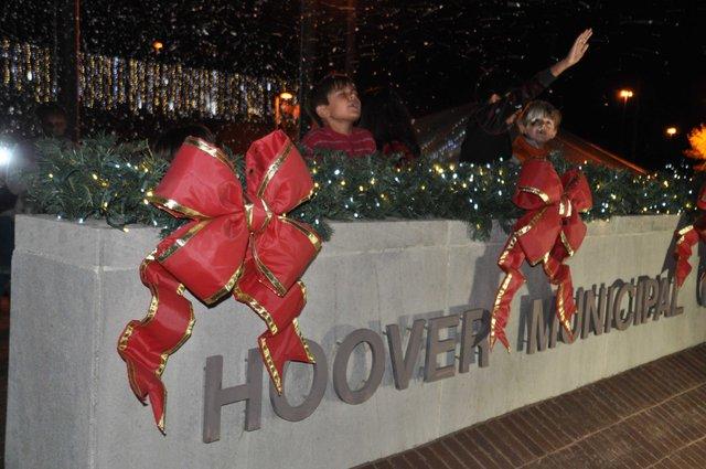 Hoover Christmas tree lighting 2016-44