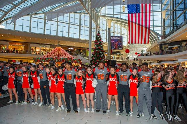Bucs Galleria 12-11-16