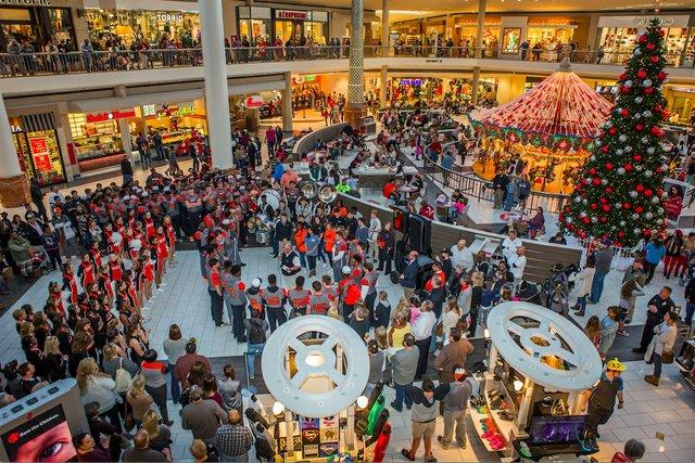Bucs Galleria 12-11-16 (2)