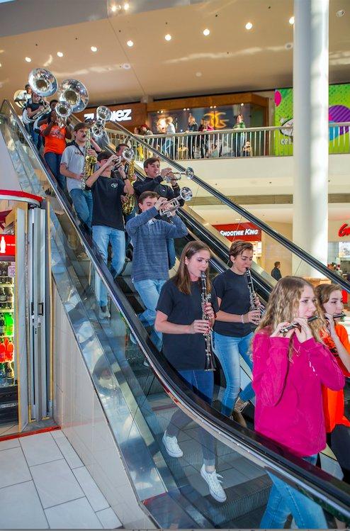 Bucs Galleria 12-11-16 (5)