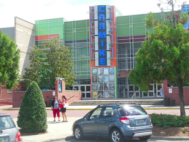 carmike wants to sell beer wine at hoover movie theaters