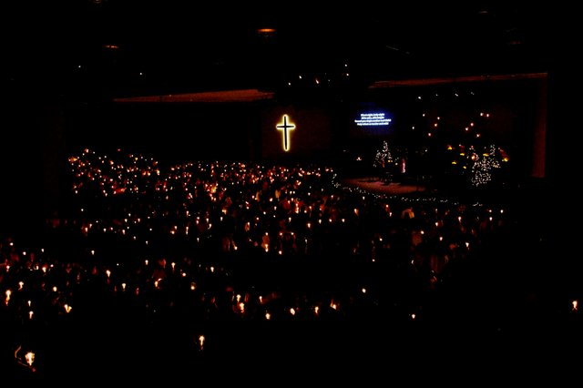 Valleydale Christmas Eve candlelight 2015