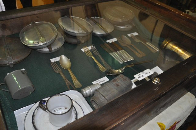 Military collectibles at Simmons 1-17-17 (7)