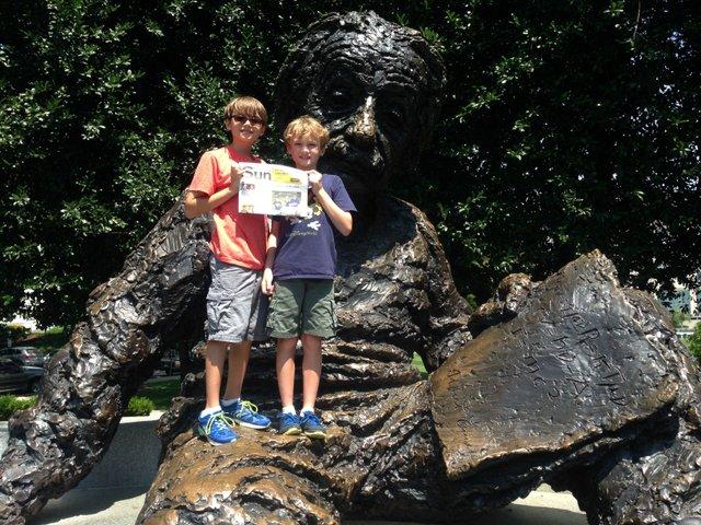 Summerfunphoto4- Einstein Memorial