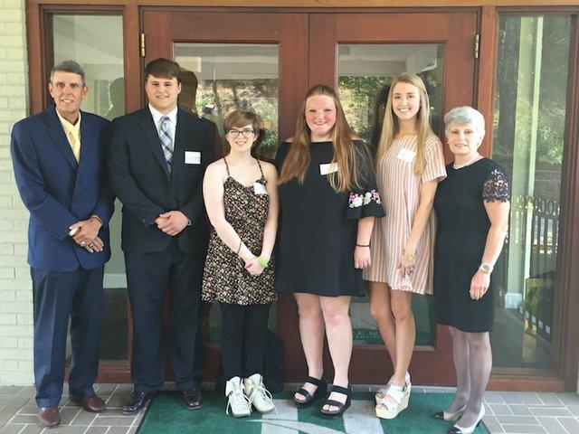 SUN COMM - 2017 Service Club Hoover scholarships.JPG