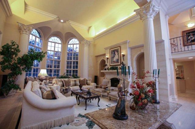 Southlake mansion 19