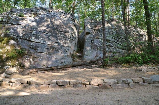 HV-COVER-Moss-Rock-boulder-field-crack-after.jpg