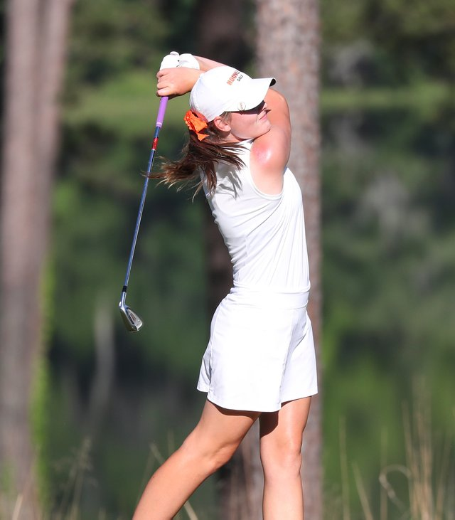 HV---SPORTS---Golf-Julie-Baker---SNF_3528.jpg