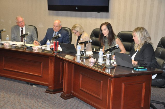 Hoover school board 8-15-17