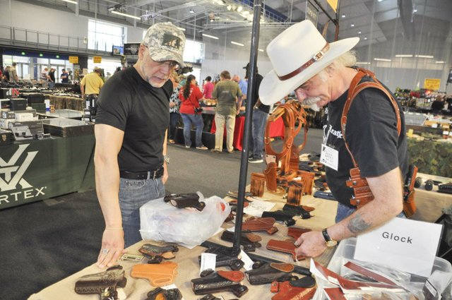 Collectors and Shooters Club gun show 4-28-18 (8)