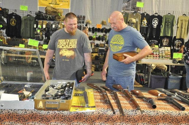 Collectors and Shooters Club gun show 4-28-18 (10)