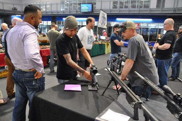 Collectors and Shooters Club gun show 4-28-18 (13)