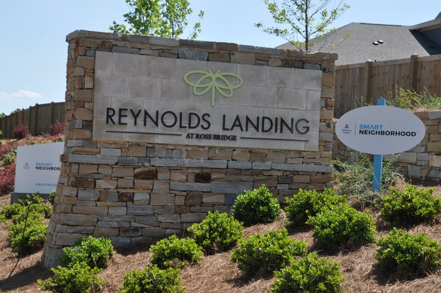 Reynolds Landing sign