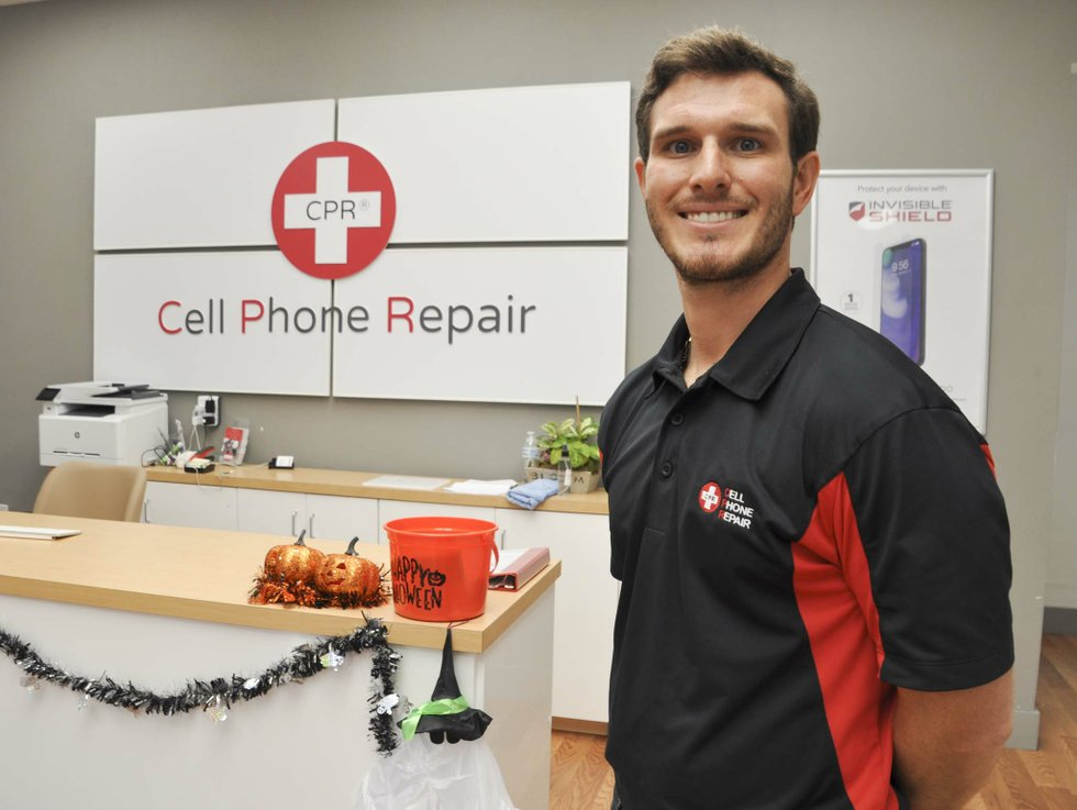 CPR Cell Phone Repair 10-26-18 (4)