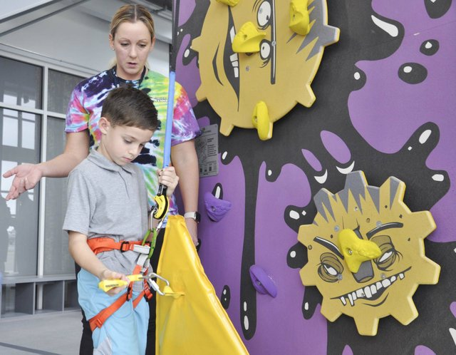 Hoover climbing center 10-31-18 (4)