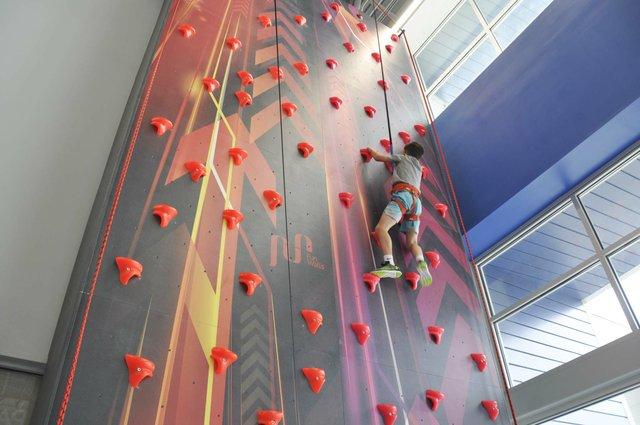 Hoover climbing center 10-31-18 (20)