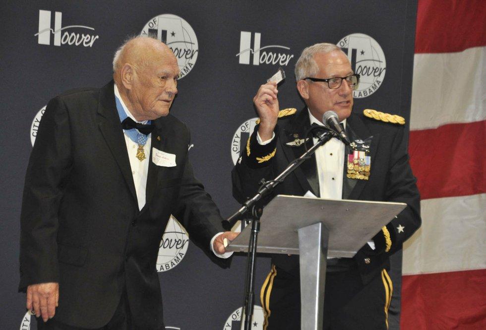 Salute to Veterans Ball 2018 (1)