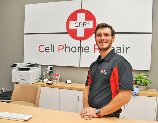 BIZ---CPR-Cell-Phone-Repair-10-26-18-(3).jpg
