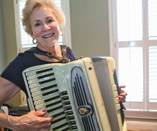 FEAT---Betty-Bridges-Accordion_SNF_8373.jpg