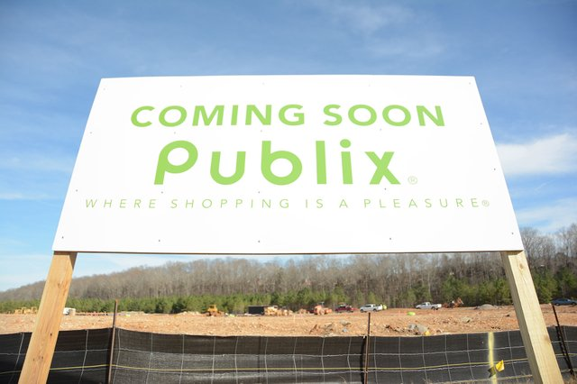 280-BIZ-Publix-at-Tattersall-Park_2.jpg