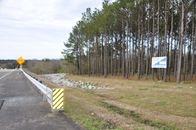 Deer Valley strip center site