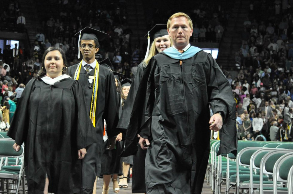 Hoover 2019 graduation 17