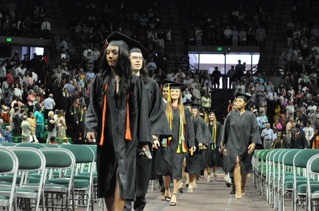 Hoover 2019 graduation 18