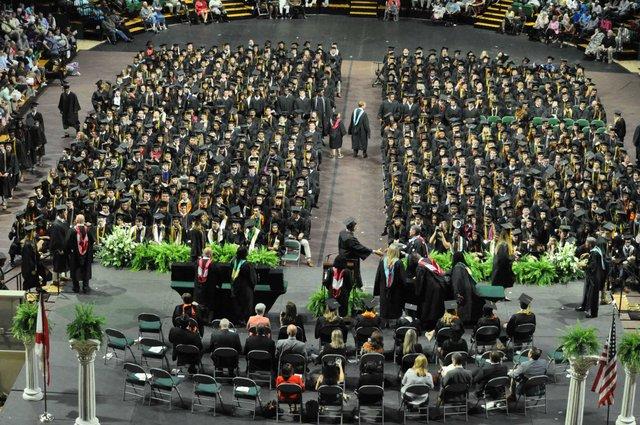 Hoover 2019 graduation 2