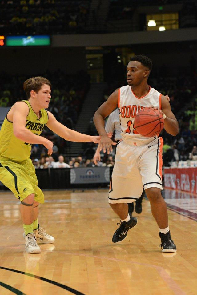 Hoover vs Mountain Brook State Final (10 of 24).jpg