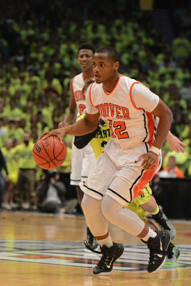 Hoover vs Mountain Brook State Final (14 of 24).jpg