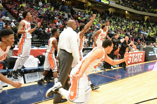 Hoover vs Mountain Brook State Final (18 of 24).jpg