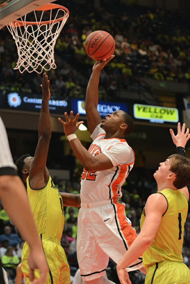 Hoover vs Mountain Brook State Final (3 of 24).jpg