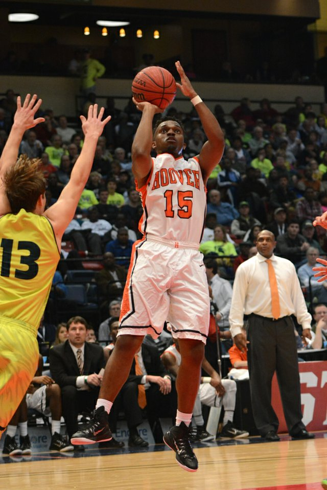 Hoover vs Mountain Brook State Final (4 of 24).jpg