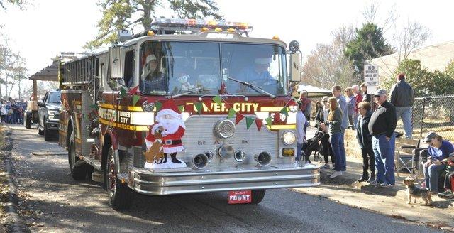 191207_Bluff_Park_Christmas_Parade15