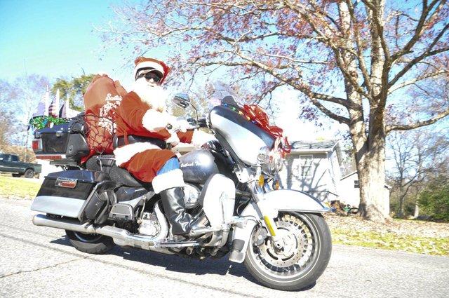 191207_Bluff_Park_Christmas_Parade44