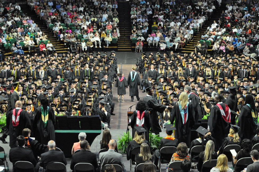 Hoover school officials announce graduation details for Hoover, Spain Park