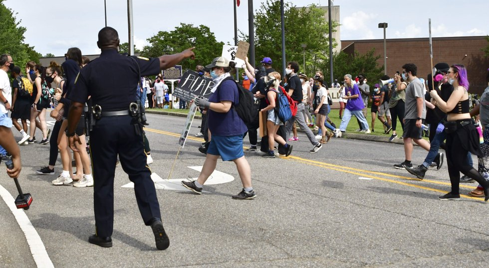 nearly 1 000 gather at hoover city hall to protest police