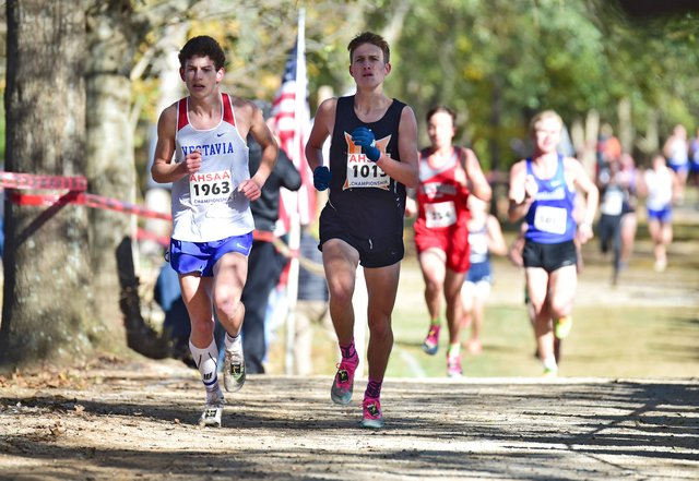 SUN-SPORTS-Hoover-cross-country.jpg