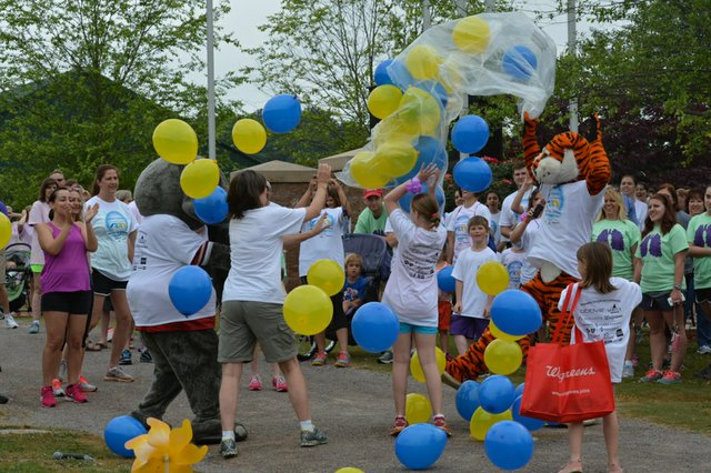 280 FEAT Great Strides Walk 6.jpg