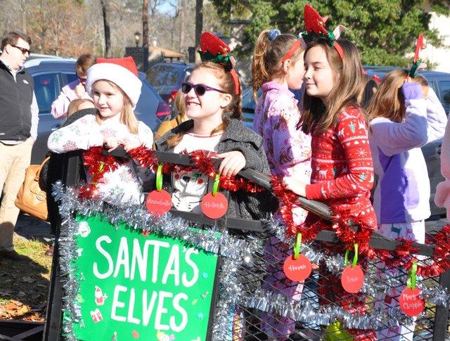 191207_Bluff_Park_Christmas_Parade2.jpg