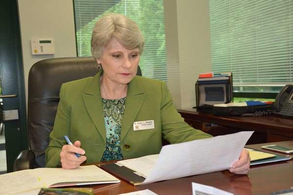 Dr. Kathy Murphy