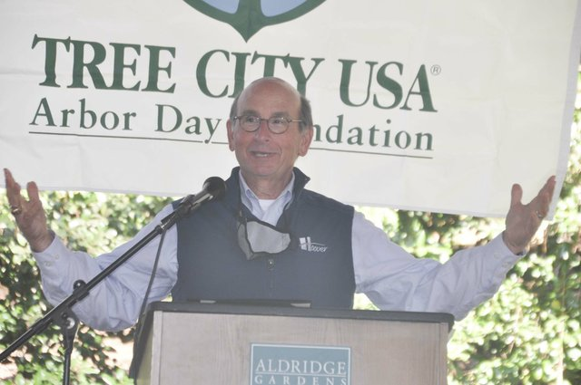 210306_Hoover_Arbor_Day16