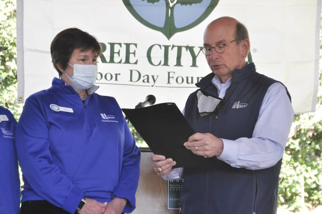 210306_Hoover_Arbor_Day18