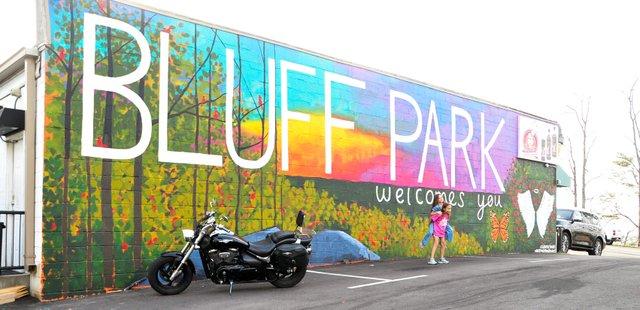 SUN-COMM-Bluff-Park-mural-JA1.jpg