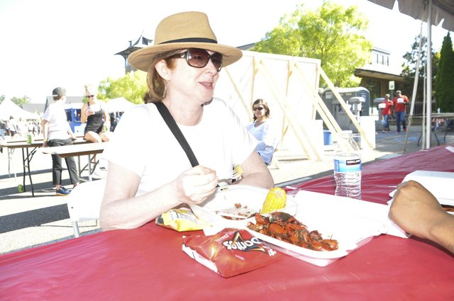 210425_Hope_for_Autumn_Crawfish_Boil3