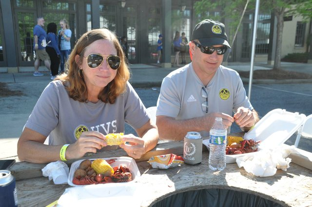 210425_Hope_for_Autumn_Crawfish_Boil4